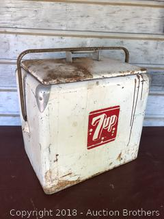 Vintage 7 UP Ice Chest