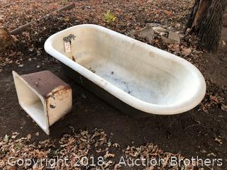 Clawfoot Tub and Sink