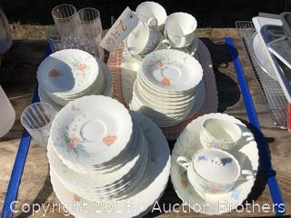 Nice Dish Set
