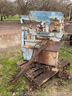 Dvorak Hydraulic Ironworker
