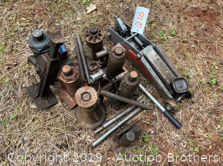 Big Lot Of Hydralic Jacks