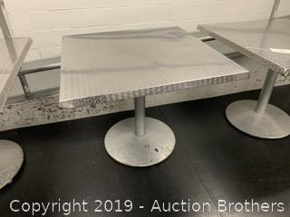 Nice Metal Top Table