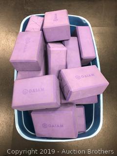 Gaiam Yoga blocks