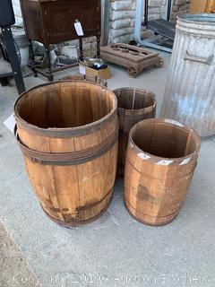 Med and Small wood barrels